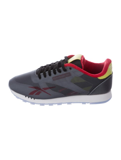 Reebok Leather Printed Athletic Sneakers w/ Tags t