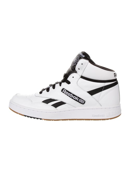 Reebok Sneakers w/ Tags White