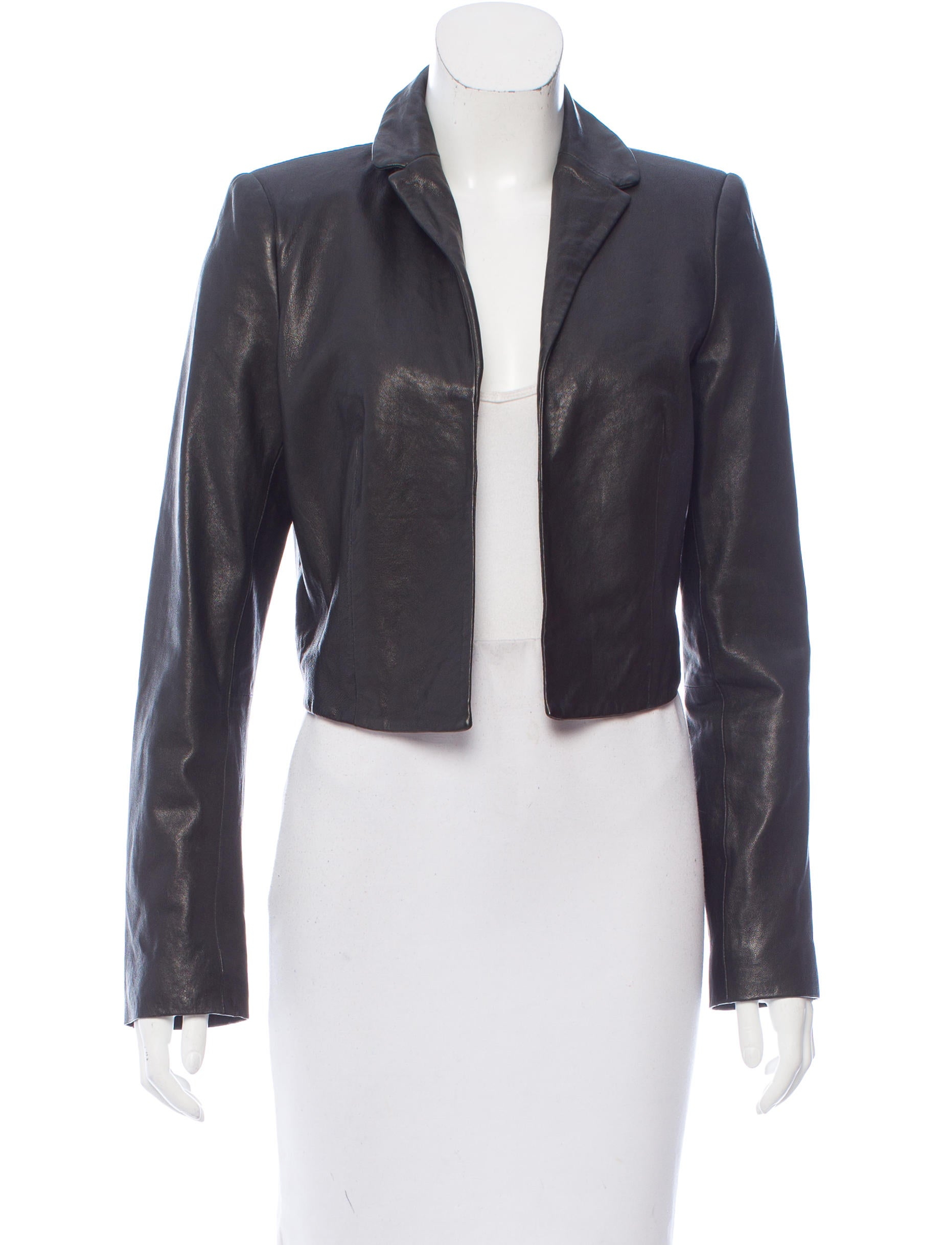 Shop Wilsons Leather for women's clearance leather outerwear, accessories and more. Get high quality women's clearance leather outerwear & accessories at exceptional values.