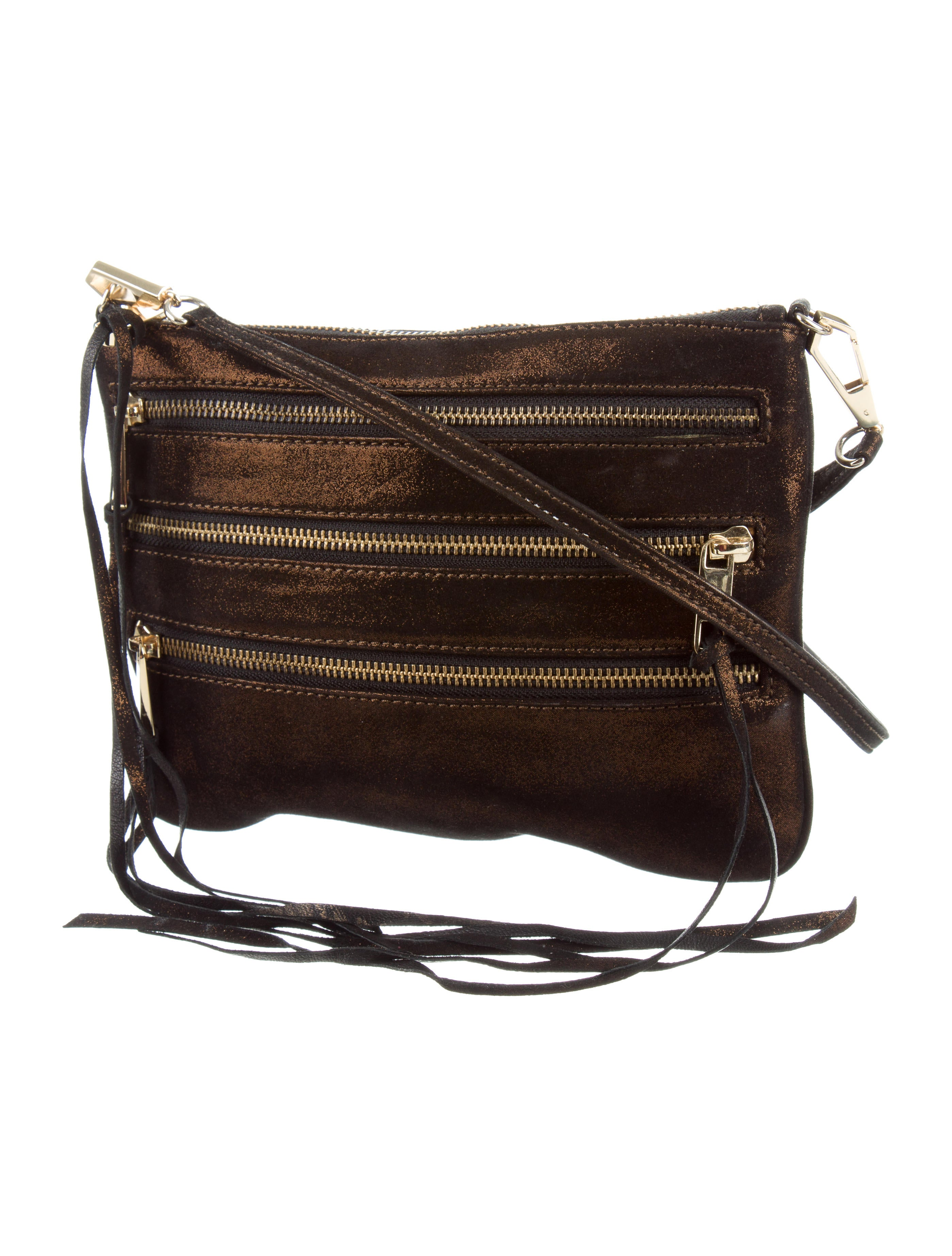 A fresh, modern take on a classic purse style, our versatile women's crossbody bags are designed in luxe leathers and feature statement details. Live that hands-free life!