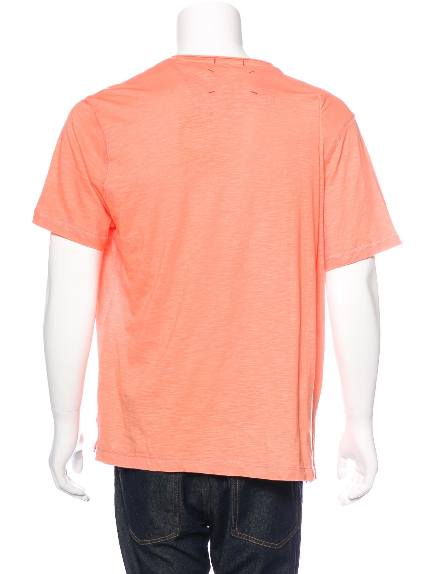 Robert graham v neck patch pocket t shirt w tags for Men s v neck pocket tee shirts