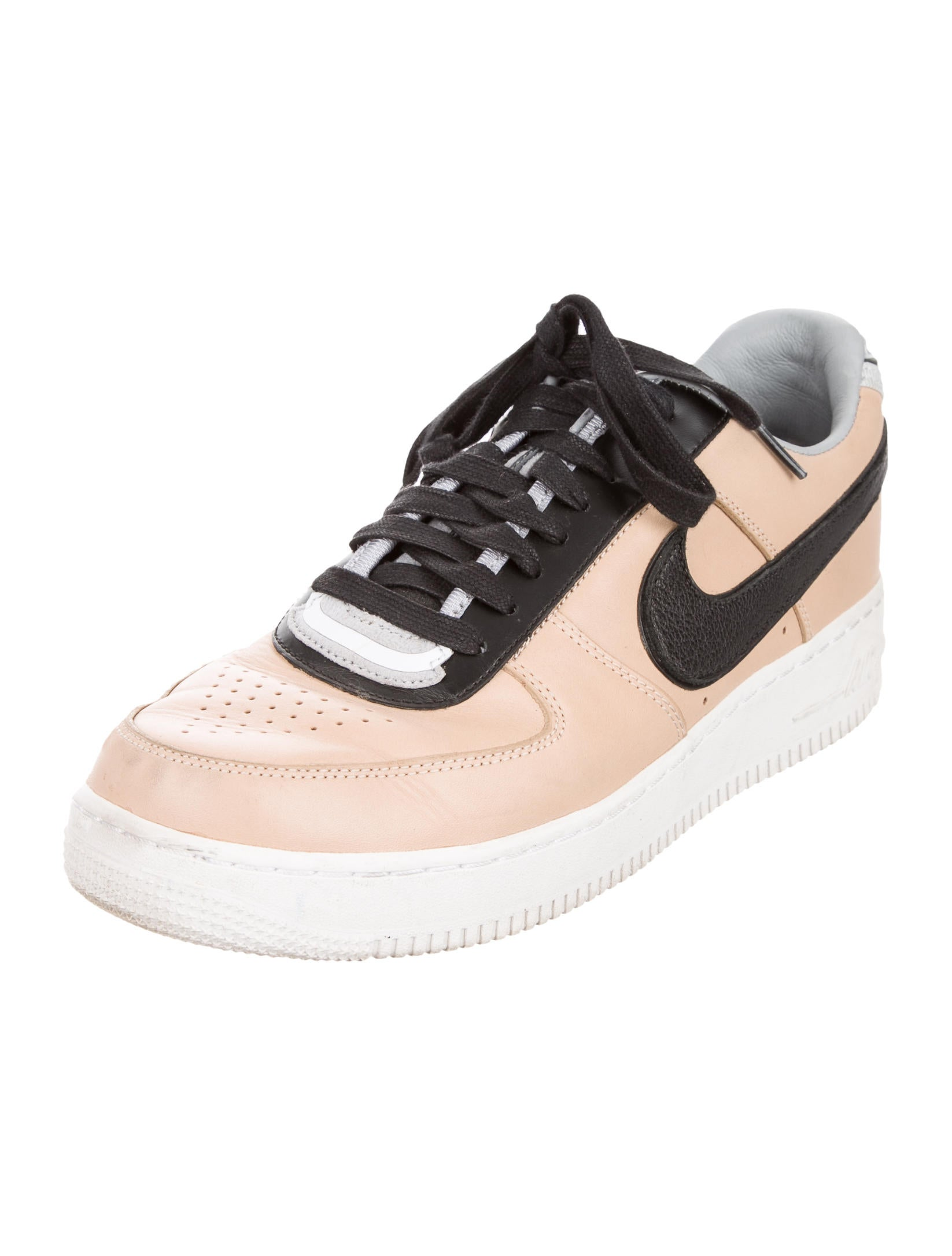 ricardo tisci x nike air force 1 low top sneakers shoes wrtni20074 the realreal. Black Bedroom Furniture Sets. Home Design Ideas