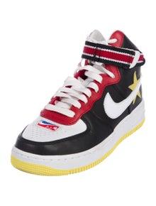 sports shoes 500ce d3d9c Riccardo Tisci x Nike