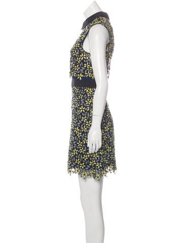 2016 Eleina Daisy Dress