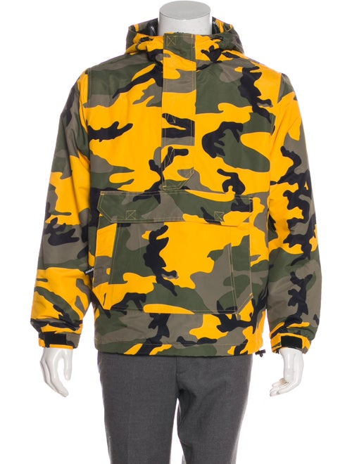 Supreme 2017 Camo Hooded Jacket w/ Tags yellow