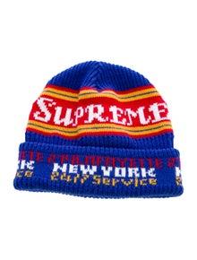 Supreme Logo Knit Beanie