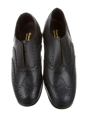 Wingtip Brogue Trim Oxfords