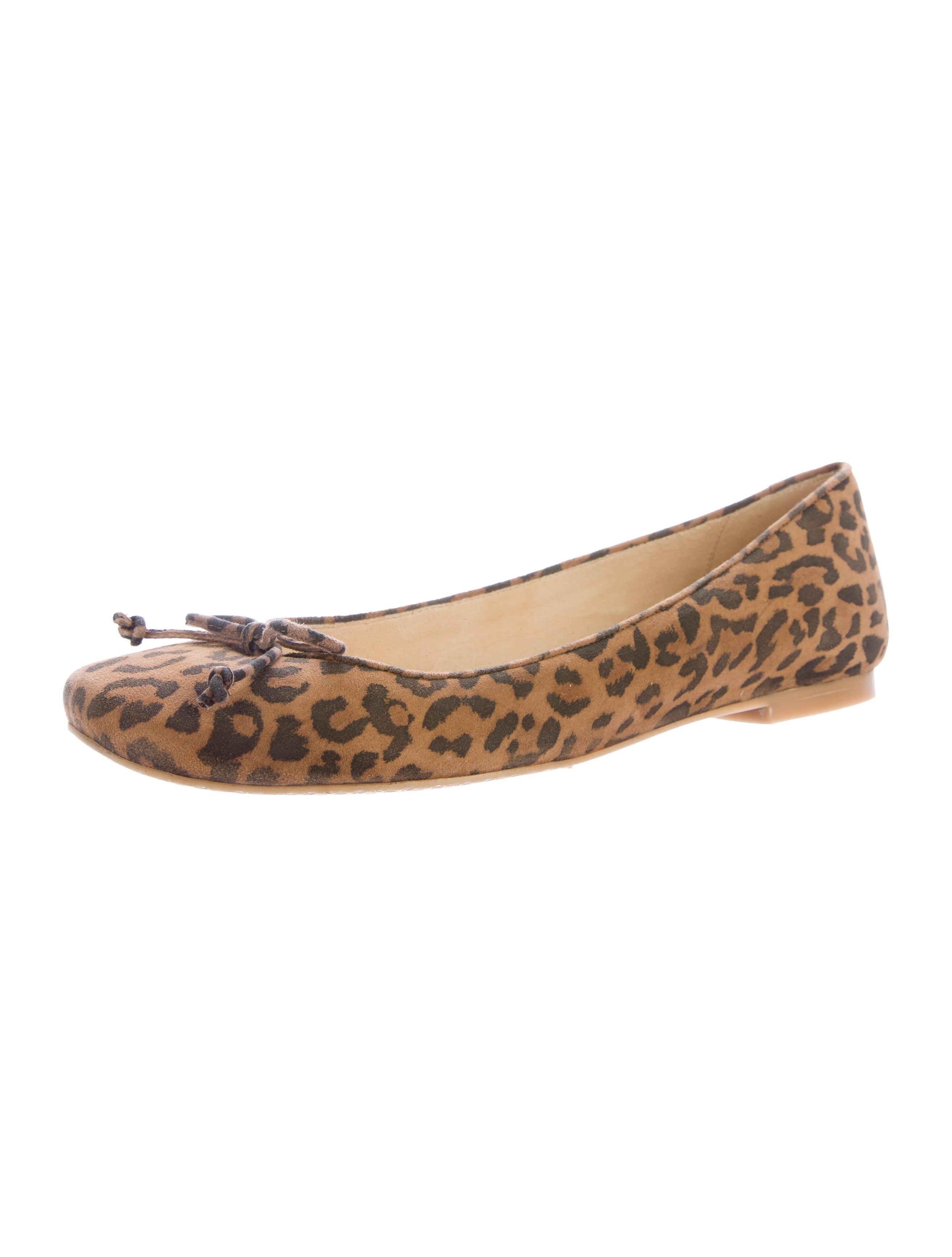 Round Kitchen Tables Stuart Weitzman Suede Leopard Print Flats Shoes
