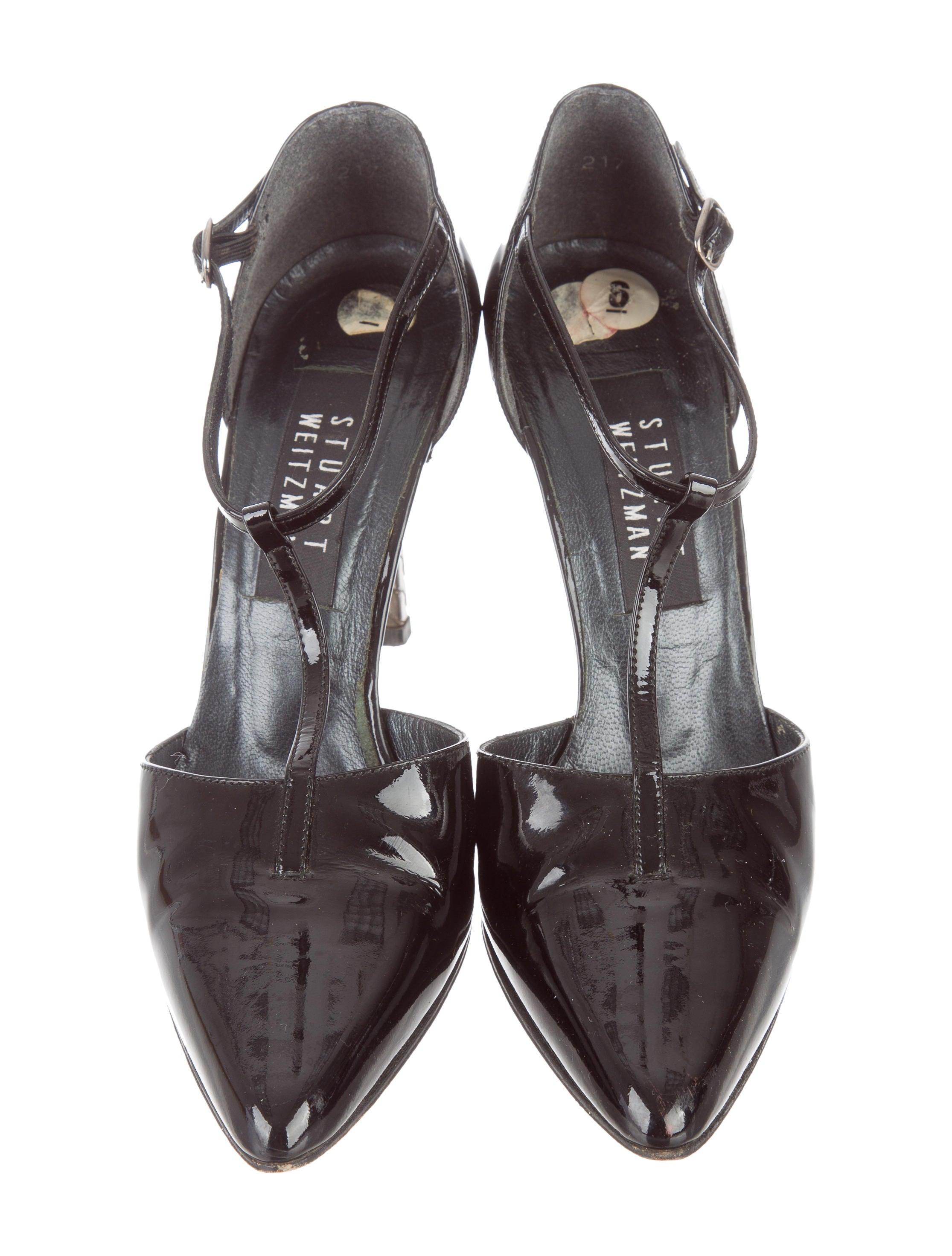 stuart weitzman patent leather t strap pumps shoes wsu28607 the realreal. Black Bedroom Furniture Sets. Home Design Ideas