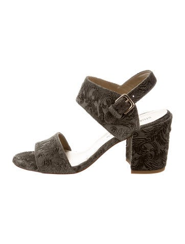 Stuart Weitzman Partisan Velvet Sandals w/ Tags shopping online clearance footlocker pictures online cheap looking for outlet low shipping top quality cheap price 3twLvDG