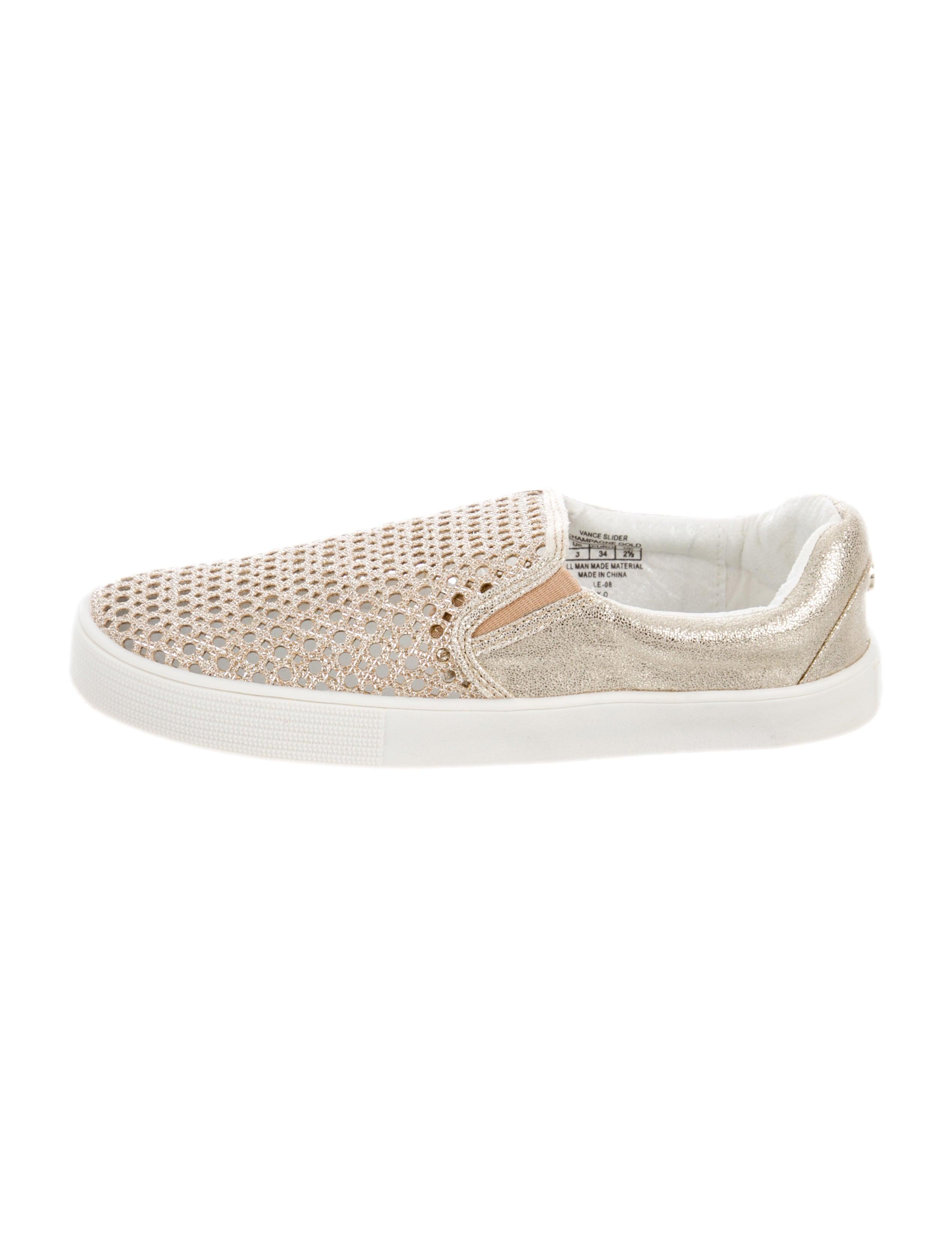 2bbc1687e7f093 Stuart Weitzman Girls  Vance Slip-On Sneakers - Girls - WSU58320 ...