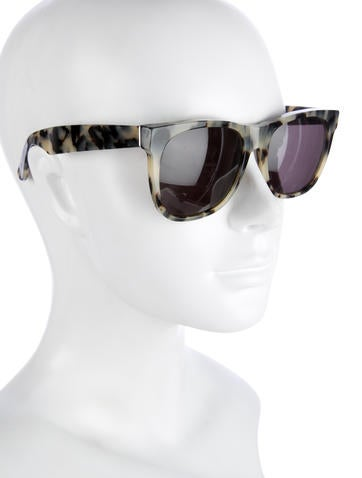 Tortoise Wayfarer Sunglasses