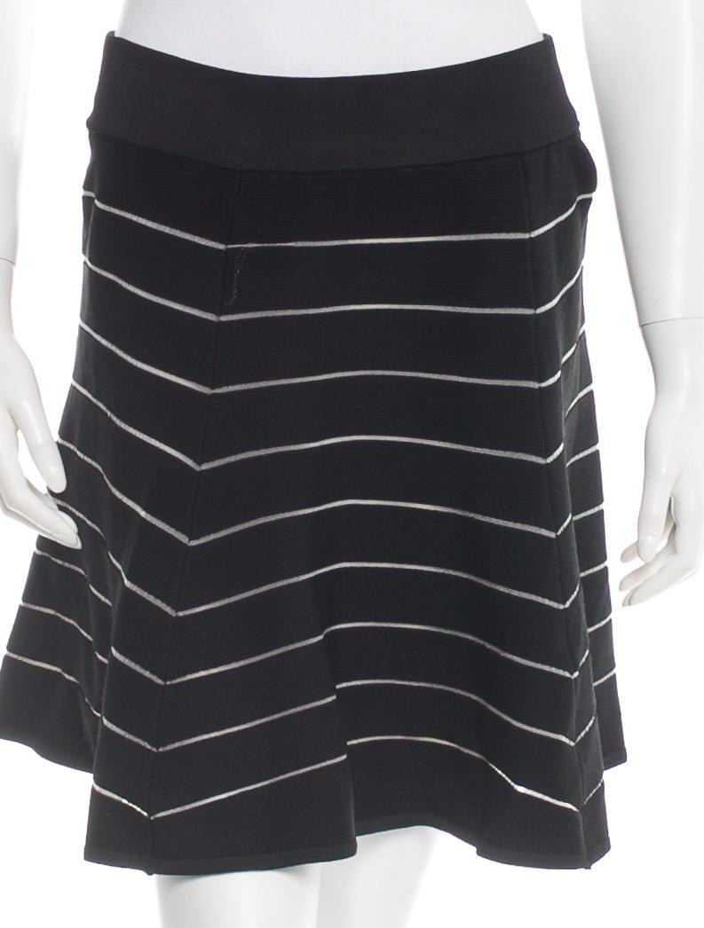 Skirt Torn 15