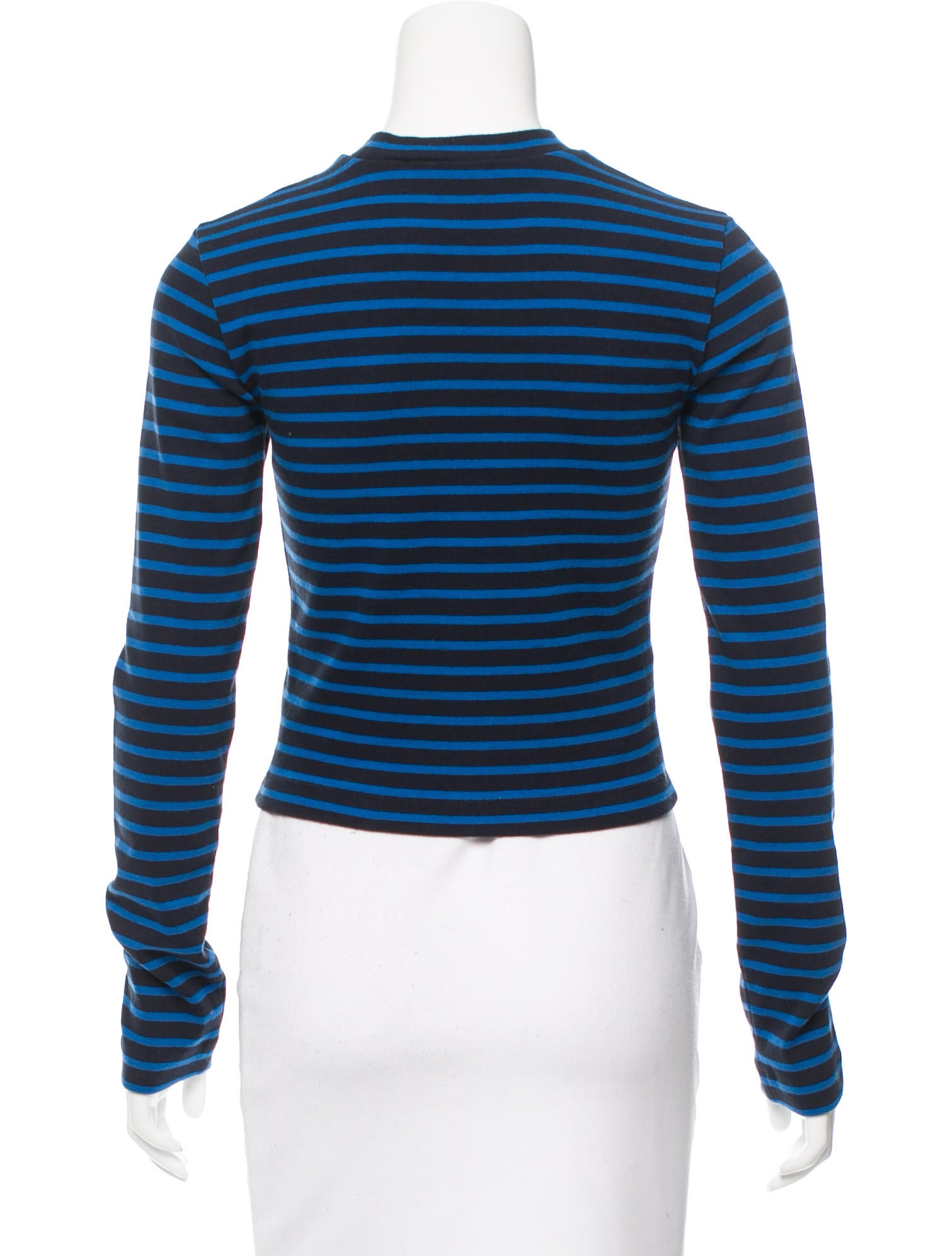 Lulus Exclusive! Hit the mark in the in the Lulus Class Act Blush Striped Ribbed Knit Crop Top! This super cute ribbed knit top features a classic crew neckline and a white stripe pattern across the fitted cropped bodice and the short sleeves. We are loving this top paired with some high-waited skinny jeans for a cool and casual look/5(5).