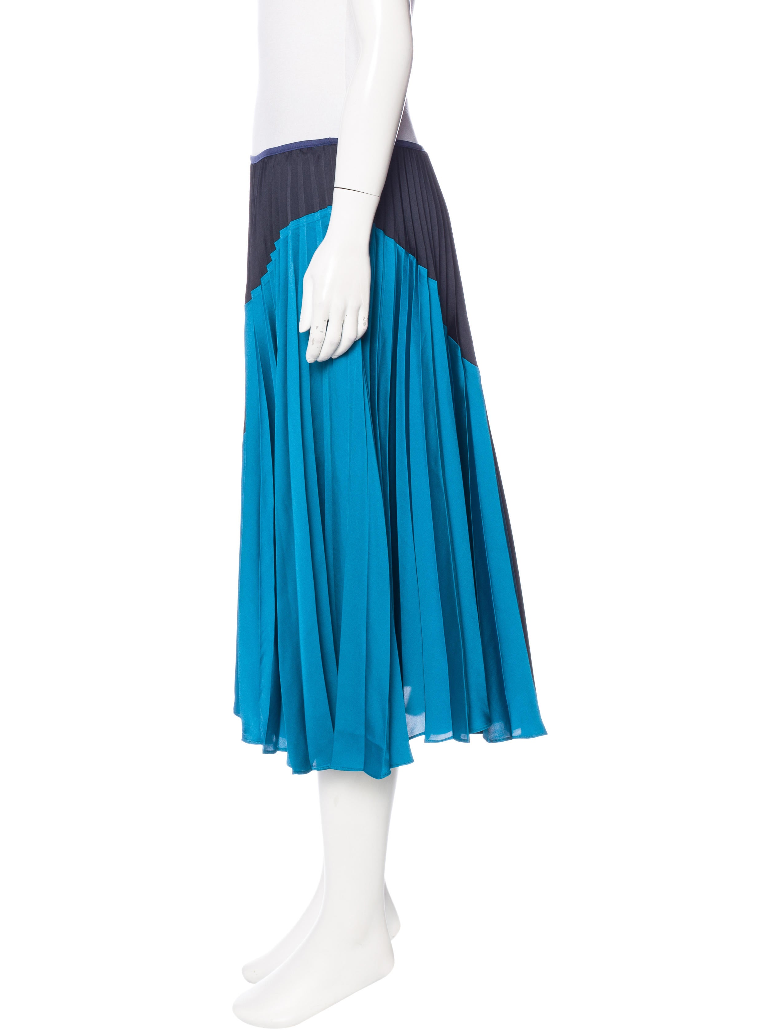 theory pleated knee length skirt w tags clothing