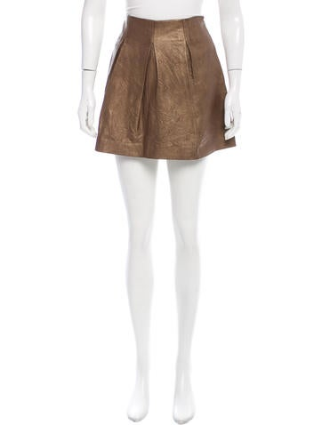Theory Pleated Leather Skirt None