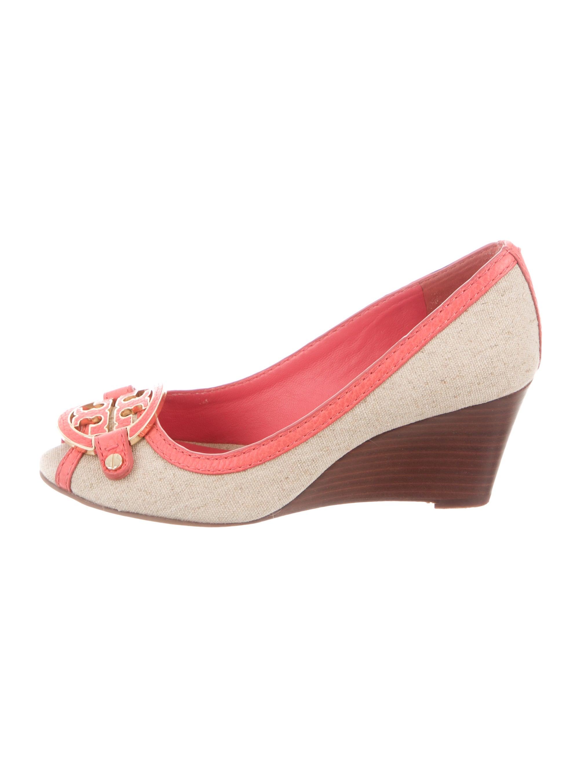 b6b4909b7dd4 Tory Burch Amanda Peep-Toe Wedge Sandals - Shoes - WTO116600