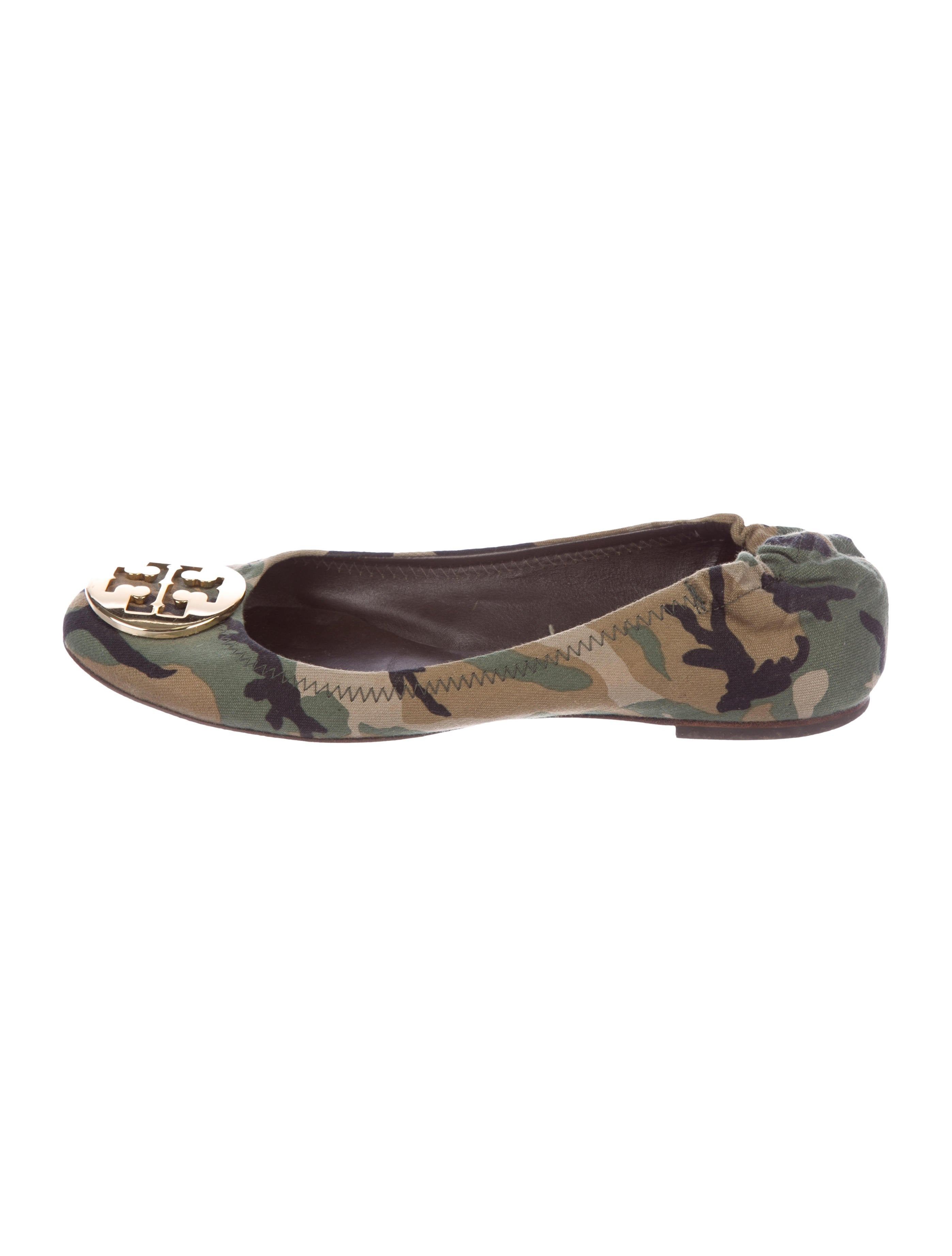 38faa0d6fc79 Tory Burch Reva Camouflage Flats - Shoes - WTO150349