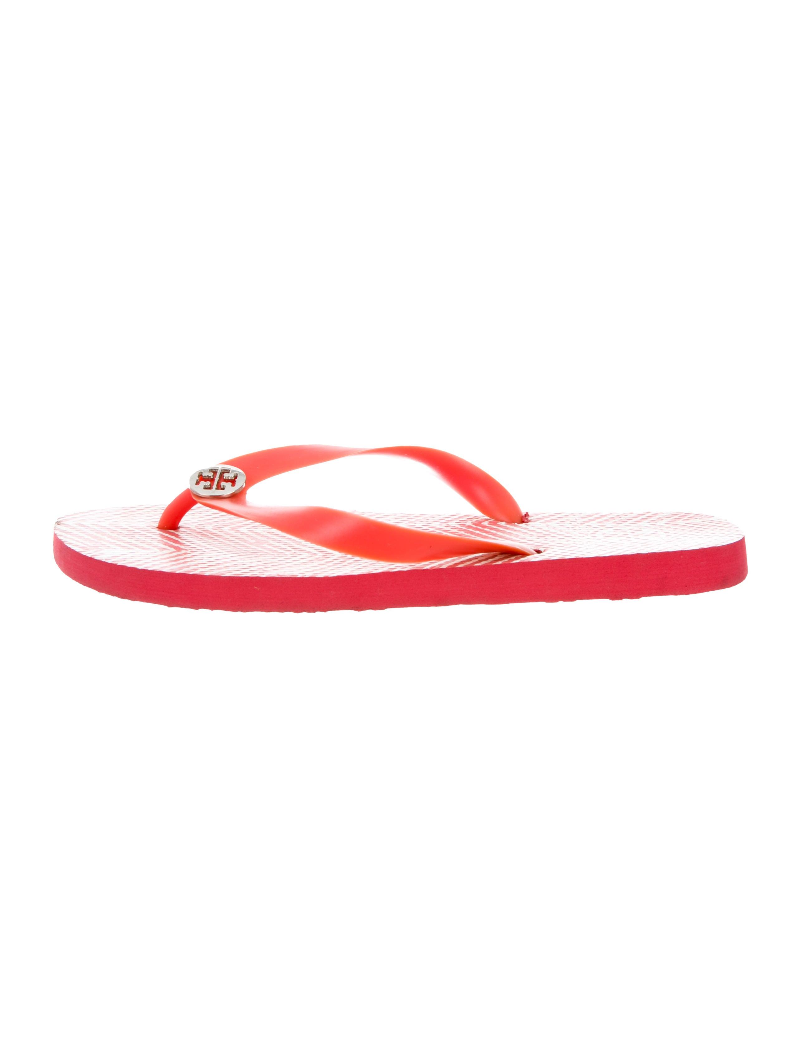ecacf3b41888 Tory Burch Rubber Logo-Accented Flip Flops - Shoes - WTO155353