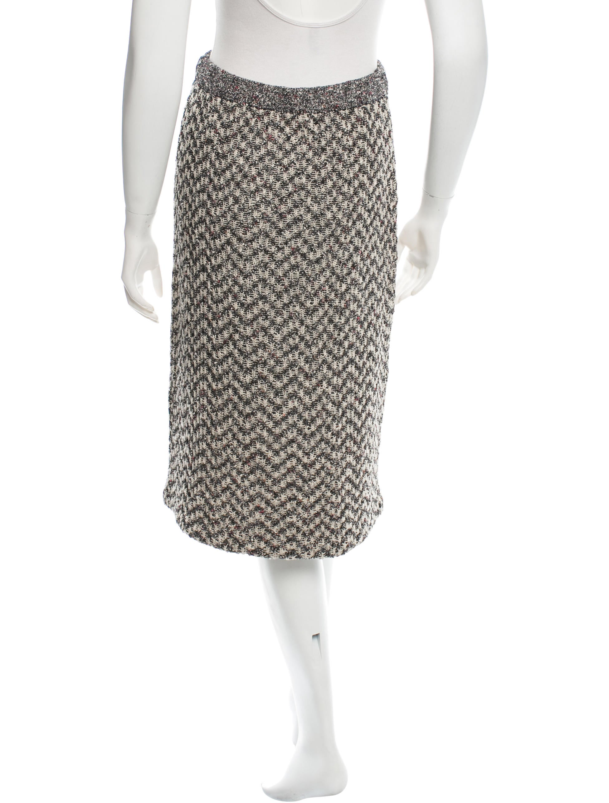 burch knit knee length skirt clothing wto59903
