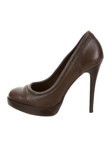 Tory Burch Leather Round-Toe Pumps None