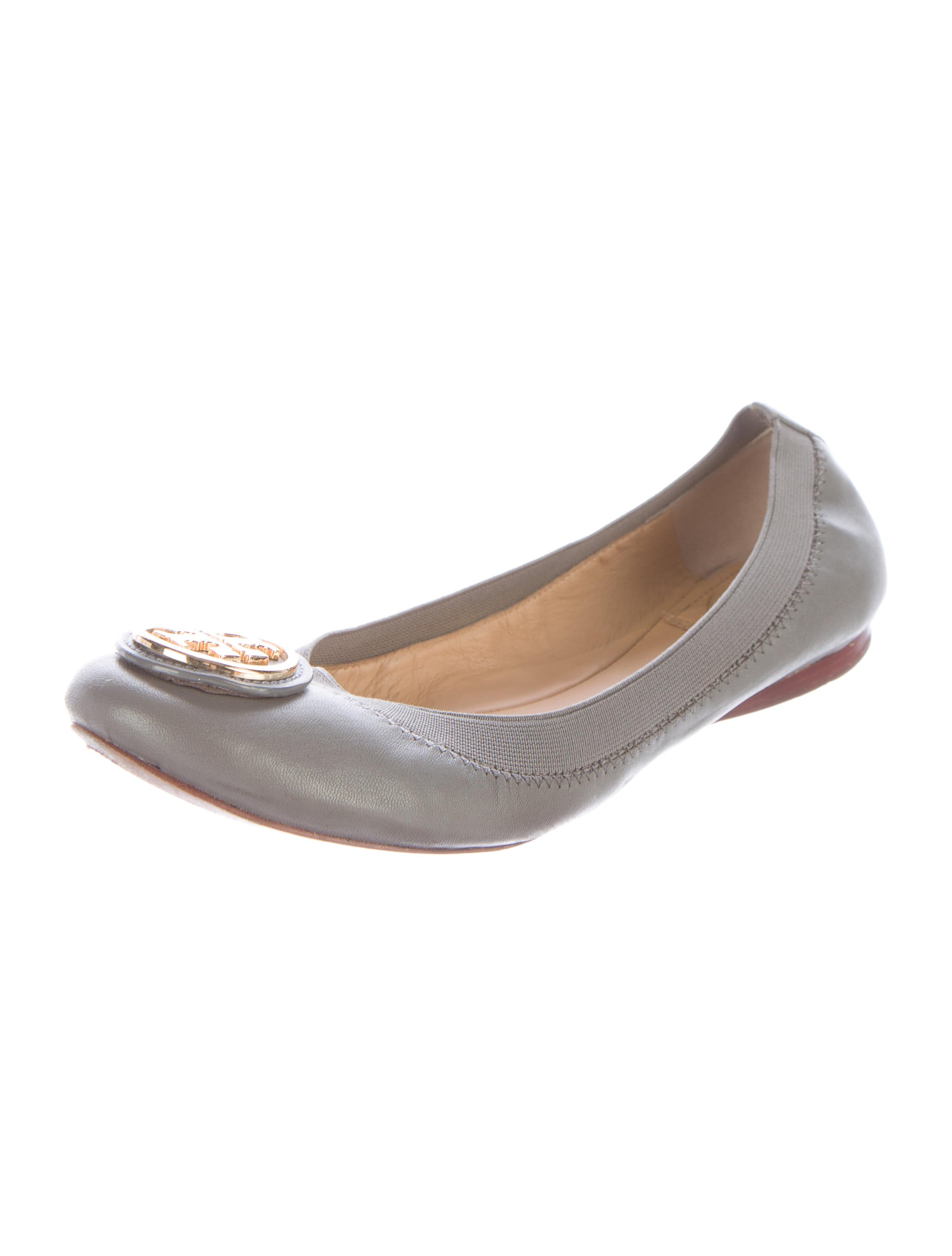 tory burch caroline ballet flats shoes wto78221 the realreal. Black Bedroom Furniture Sets. Home Design Ideas