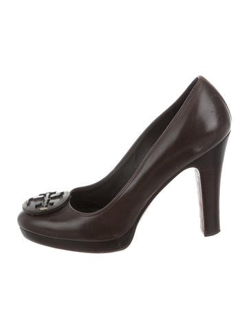 Tory Burch Leather Logo Pumps None