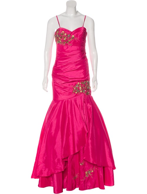Terani Couture Embellished Sleeveless Gown Pink