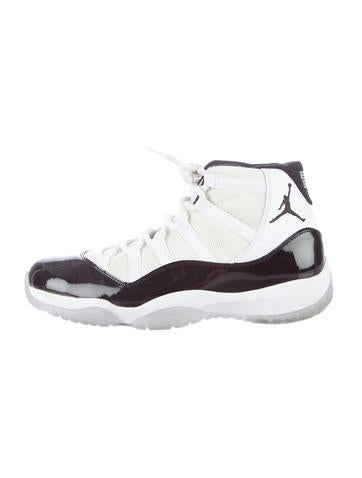 Air Jordan 11 Retro Sneakers