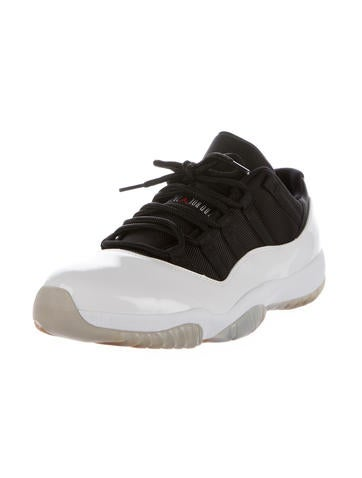 Air Jordan 11 Retro Low Sneakers