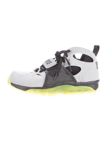 Nike Air Trainer Huarache NYC Sneakers None