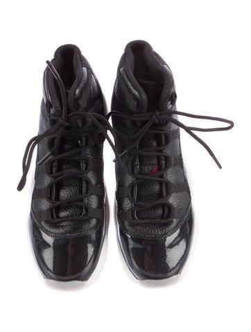 Air Jordan 11 Retro 72-10 Sneakers