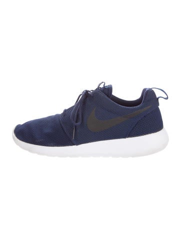 Nike Roshe Run Trainers None