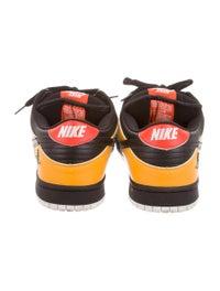 sale retailer 6a6b9 75475 Nike Dunk Low Pro SB Raygun Sneakers - Shoes - WU220887 ...