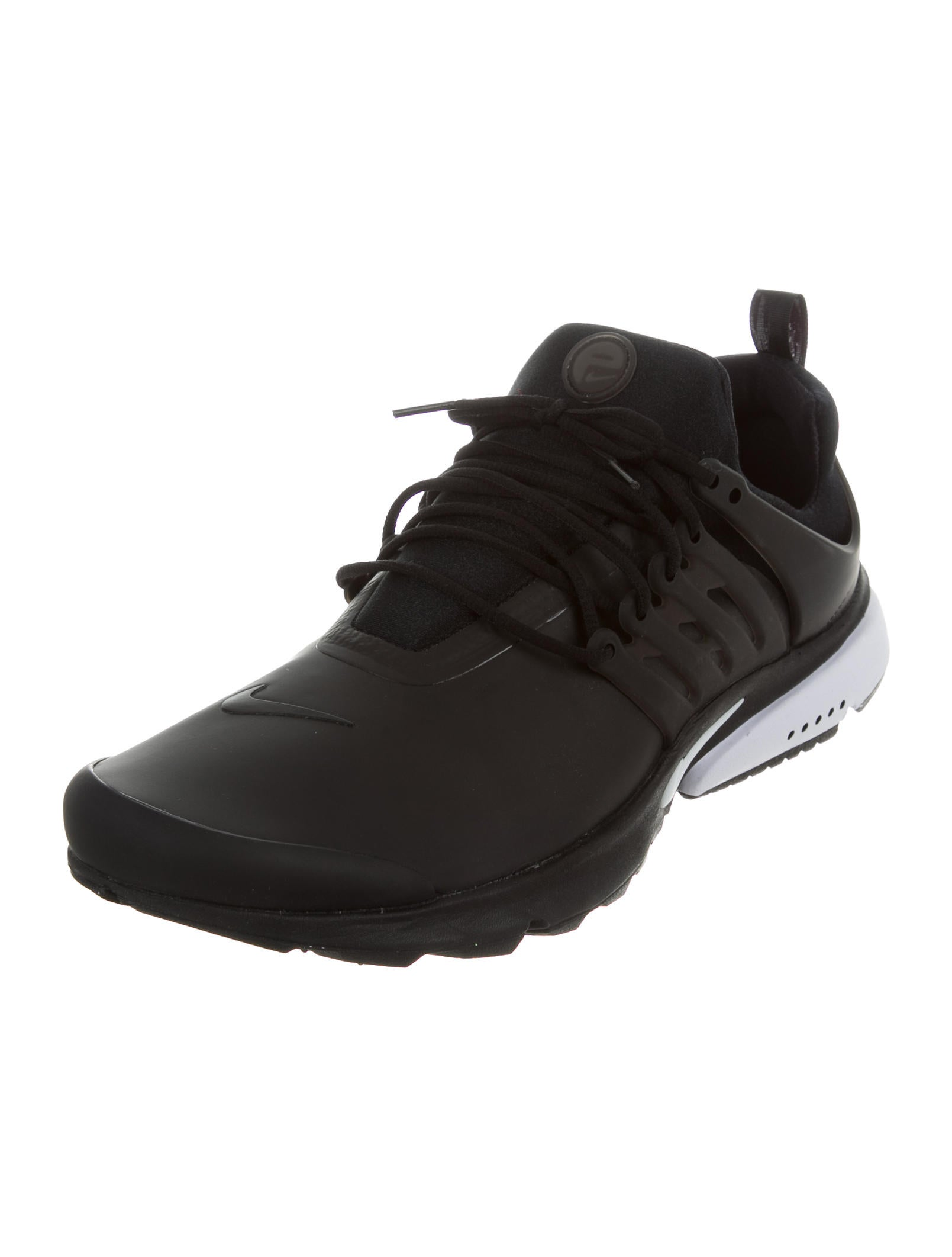 nike air presto low top sneakers w tags shoes wu221041 the realreal. Black Bedroom Furniture Sets. Home Design Ideas