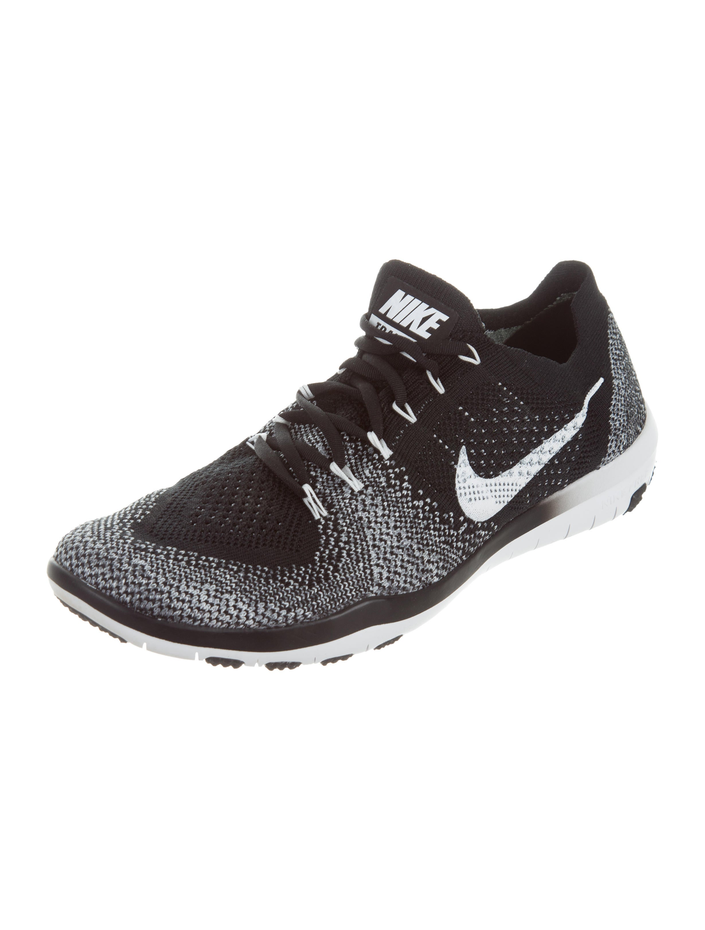 Nike Nike Training Low-Top Sneakers - Shoes - WU221285 | The RealReal