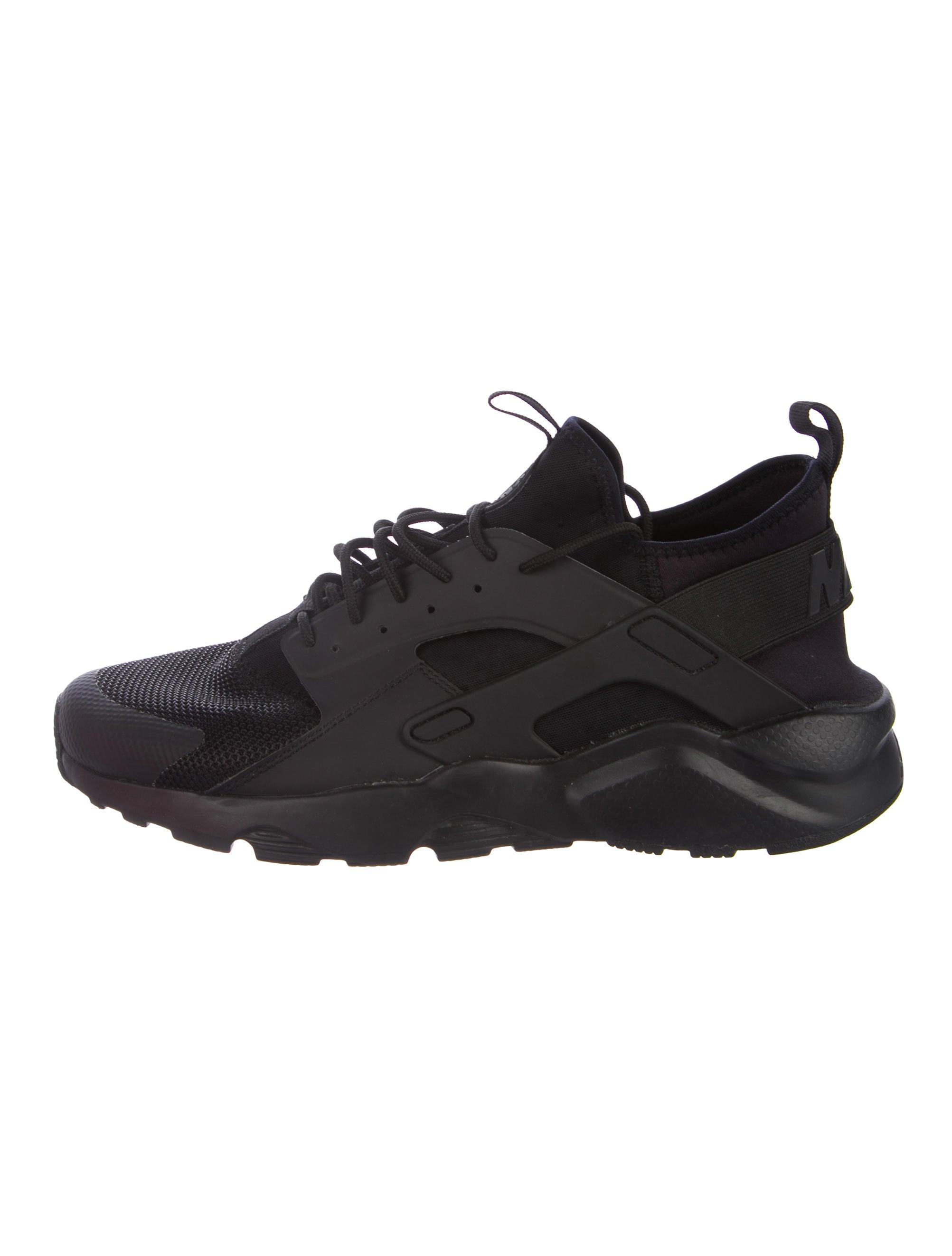 fc08248792b9 shop nike air huarache drift mens shoe 93ffd 3b766  real huarache low top  sneakers 245c4 f6bc8