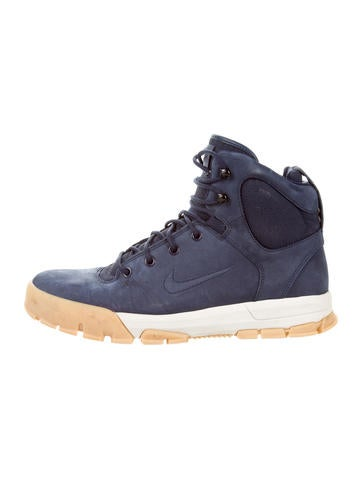 Nike Nevist 6 Sneaker Boots None
