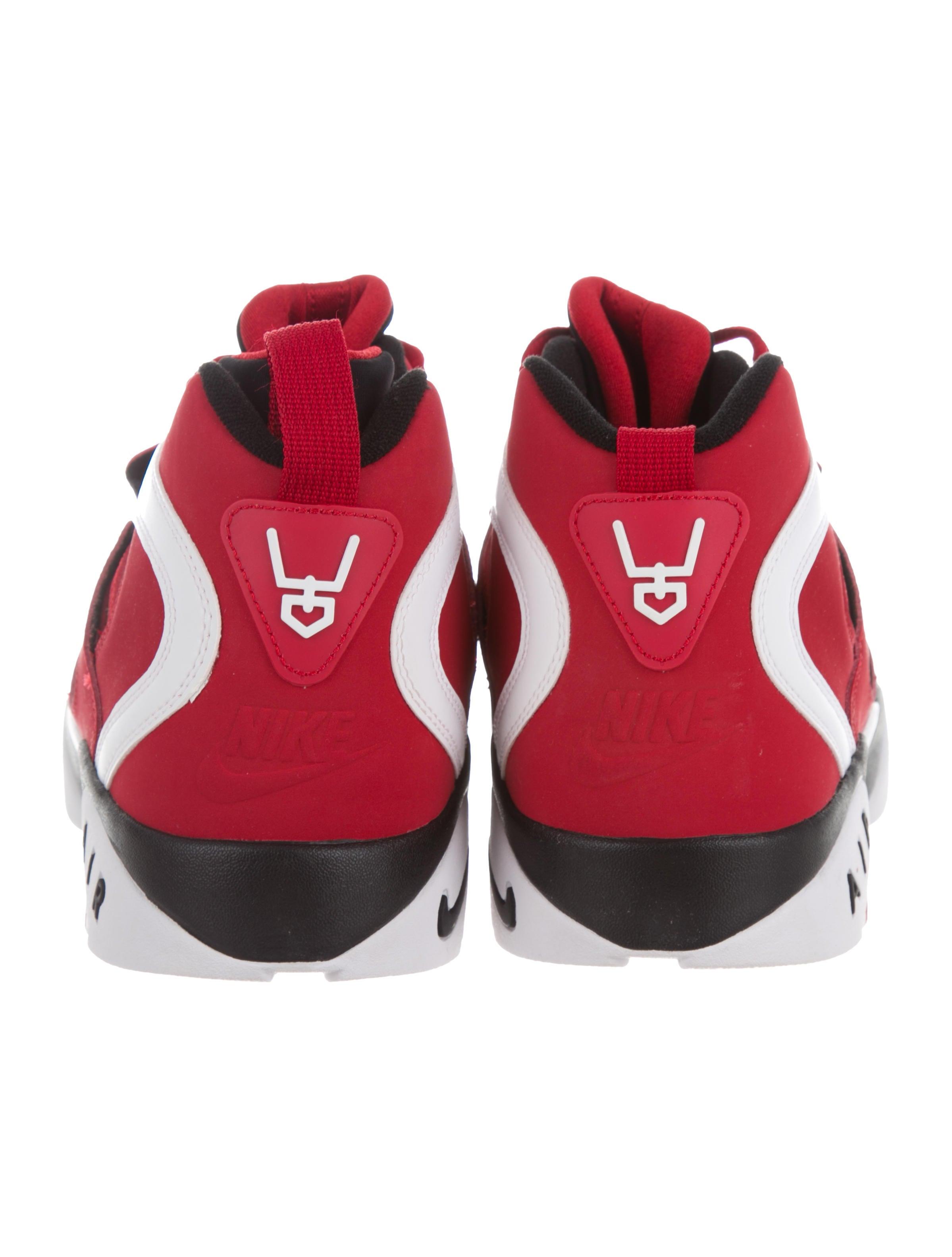 Details about Nike Air Diamond Turf 2 Varsity Red White Metallic Gold Black 5 Y Deion Sanders