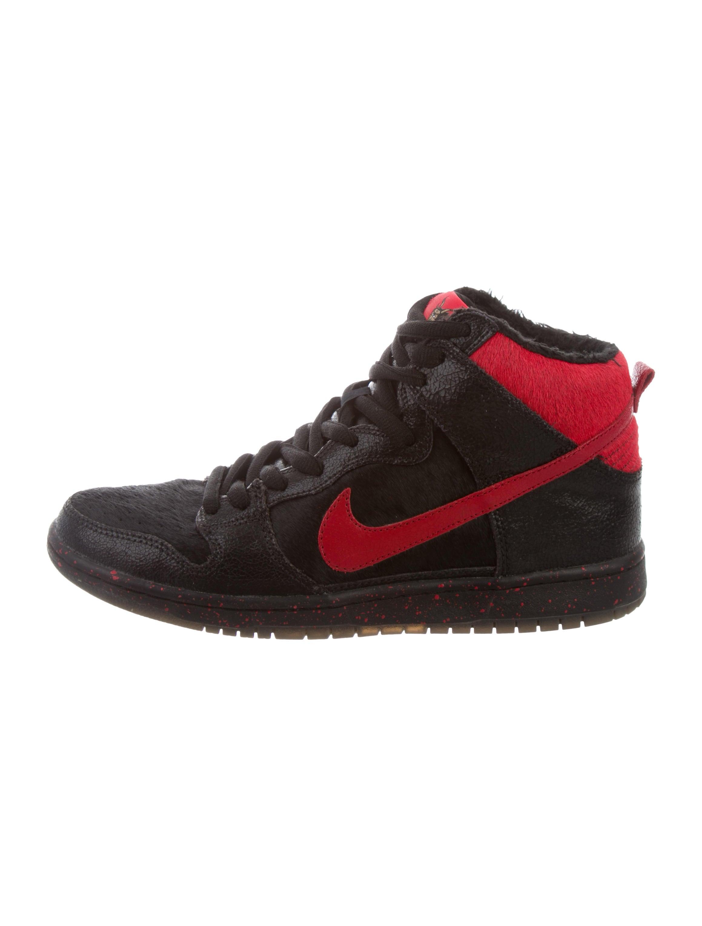 cheap for discount 3768b 1466e Nike Dunk High Pro Premium SB Krampus Sneakers - Shoes ...