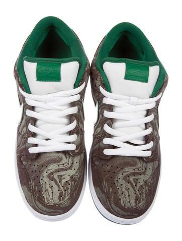 official photos dca9c 56612 Nike SB Dunk Low PRM Starbucks Sneakers