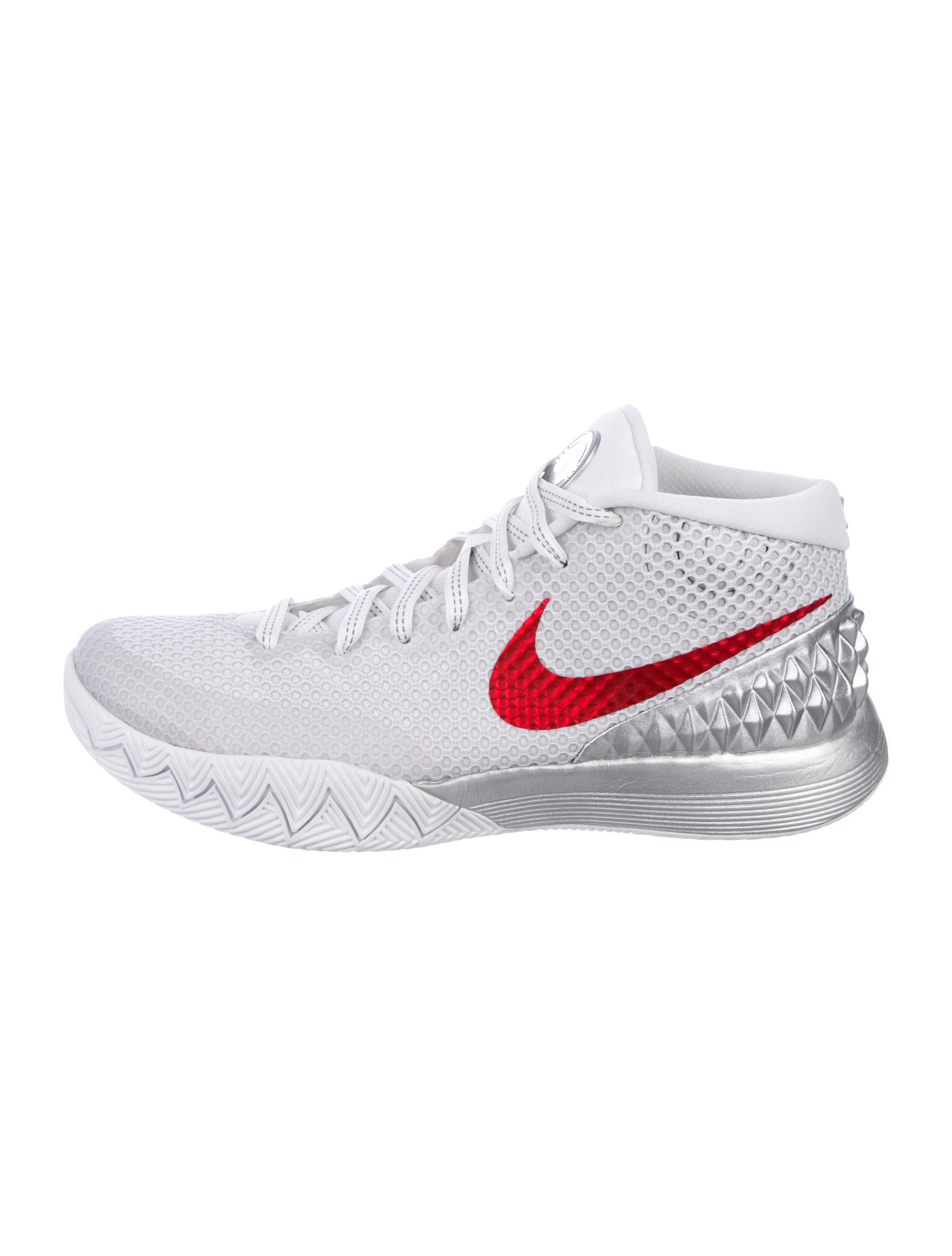 e64d00411814 Nike Kyrie 1 LMTD Sneakers w  Tags - Shoes - WU224283