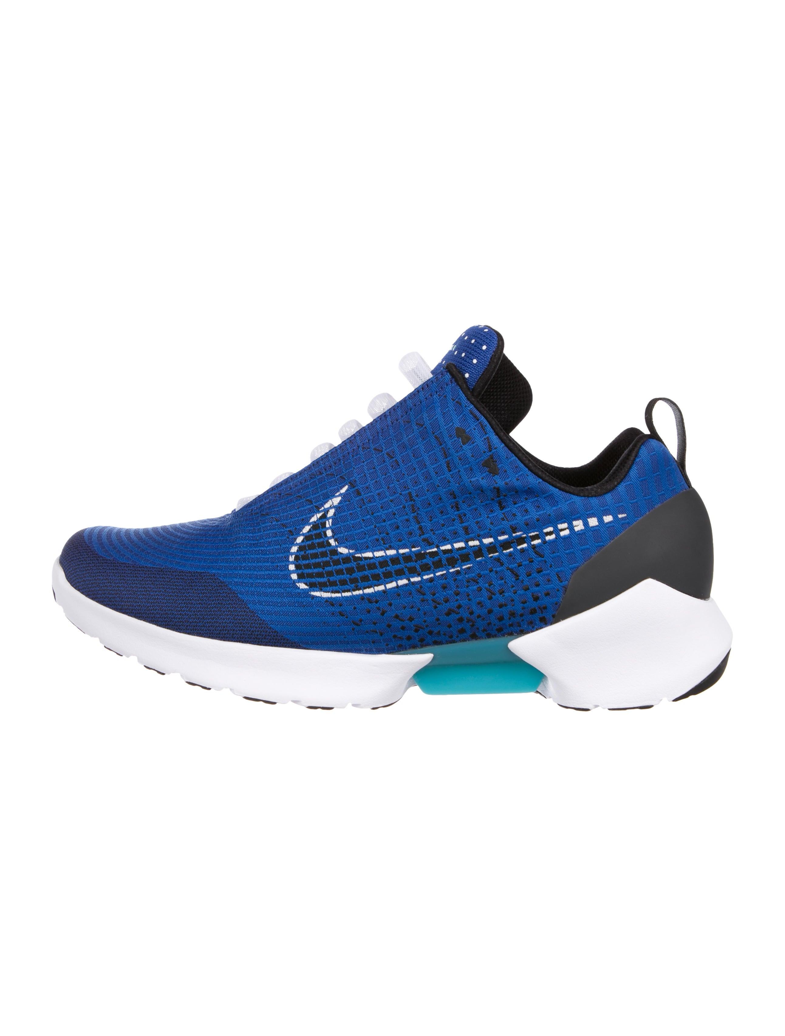 77ee5b19026e4 Future Tech Sneakers