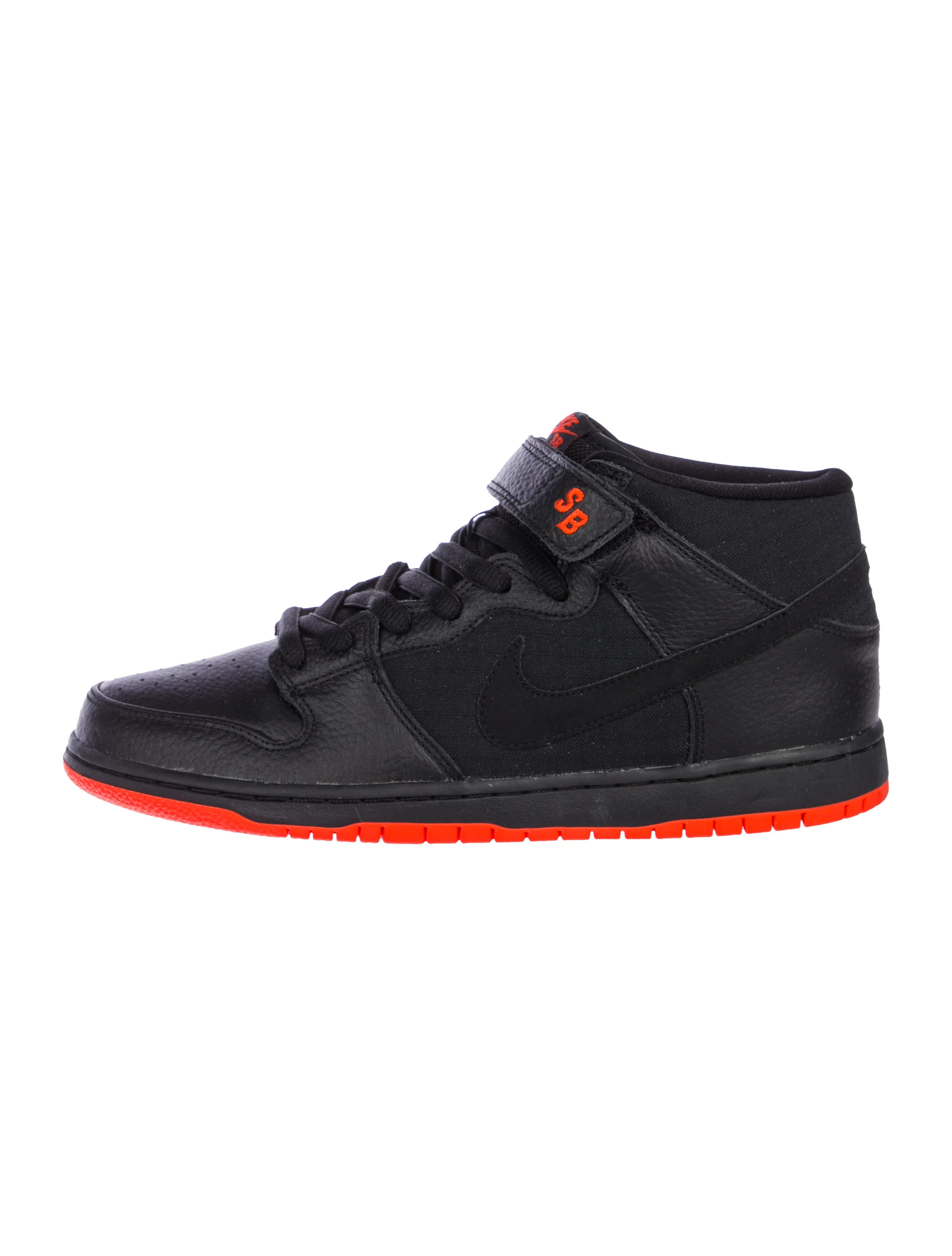 the best attitude 211e1 95f01 Dunk MID Pro SB Halloween Sneakers w/ Tags