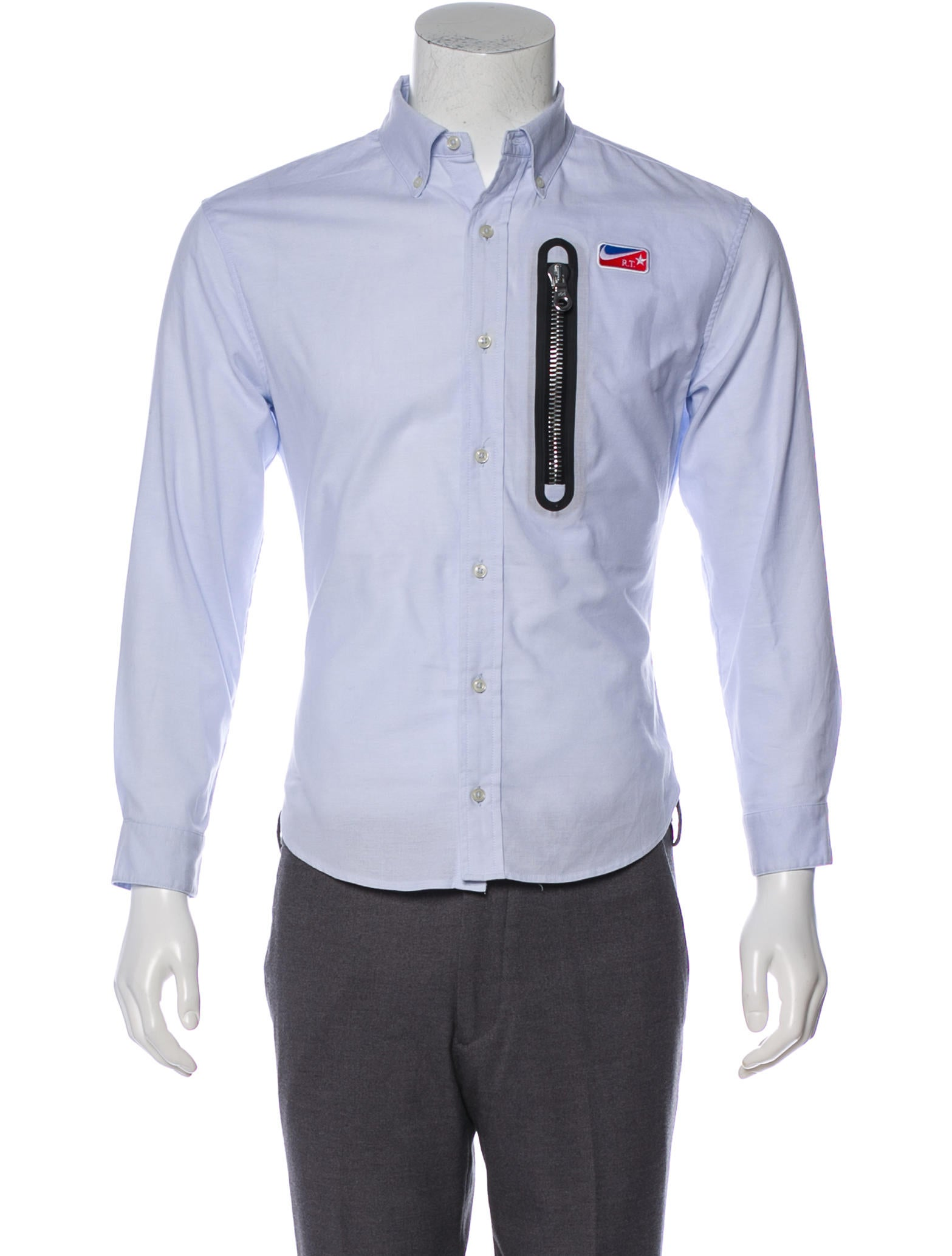 e91ebfaf5 Nike Woven Button-Up Shirt - Clothing - WU227343 | The RealReal