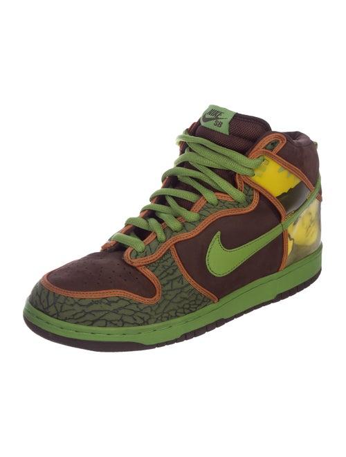 huge selection of 94ae2 36a21 ... Dunk High Pro SB De La Soul Sneakers ...