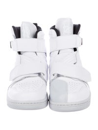 size 40 f9800 0256d Nike Air Jordan 1 Moto Sneakers - Shoes - WU232356 | The ...
