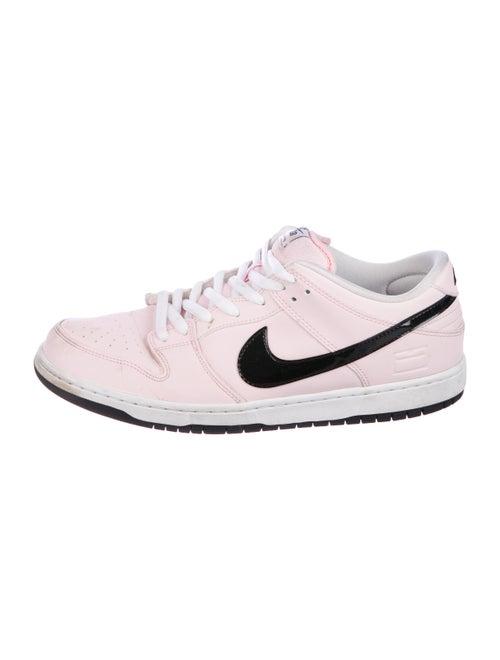 Nike Nike Dunk SB pink