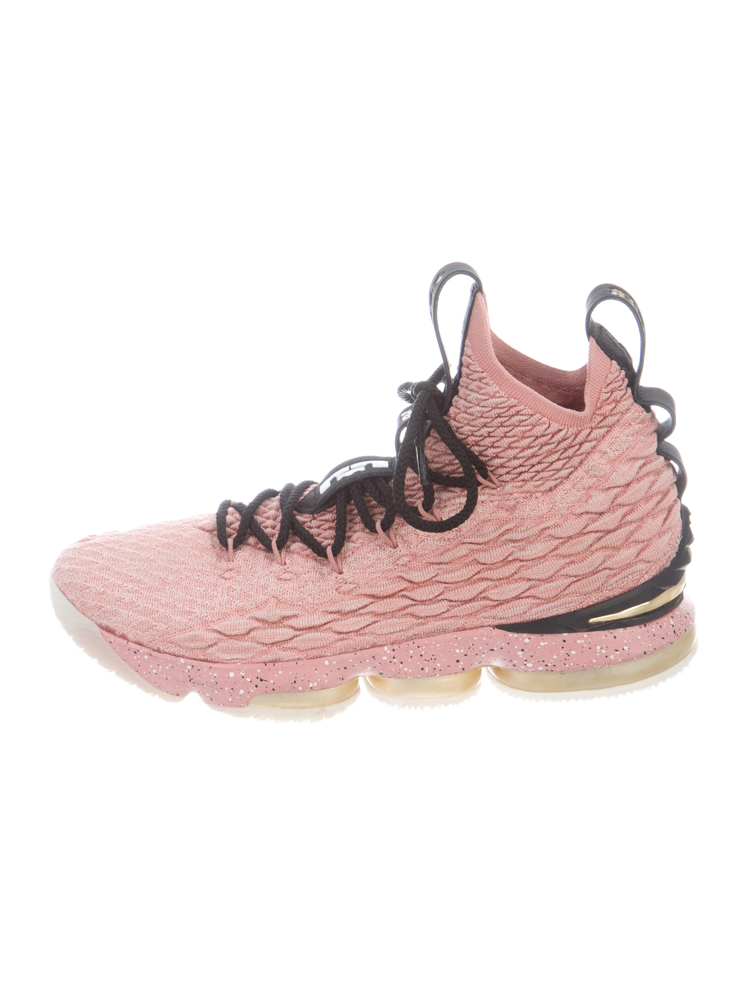 Nike LeBron 15 'Rust Pink' Sneakers