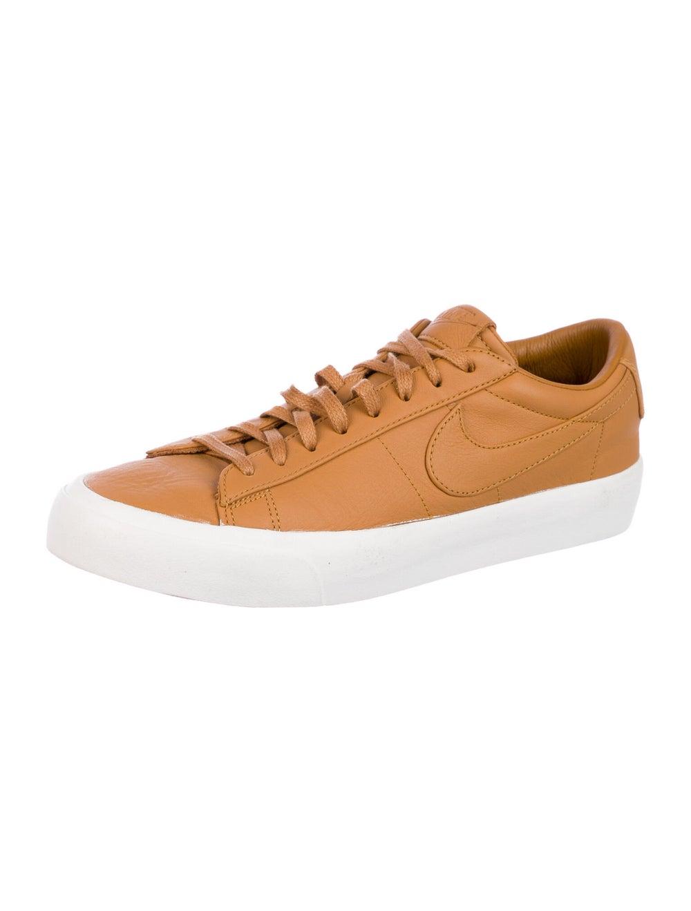 Nike Blazer Sneakers Brown - image 2
